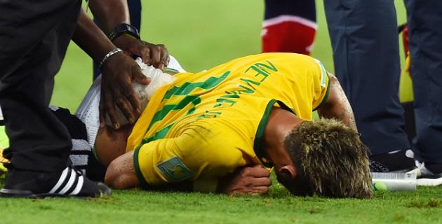 El médico de la selección brasileña explicó que el atacante del Barcelona estará fuera de actividad varias semanas, por lo que ya no podrá ser considerado por el técnico Luiz Felipe Scolari en lo que resta de la competición