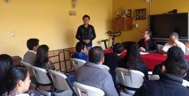 Actualmente las Instituciones requieren del impulso de gente joven con nuevas ideas y con capacidad para mejorar las condiciones políticas, económicas y administrativas que la modernidad exige: Magaña Juárez