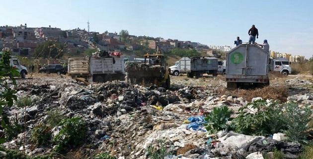 Por desconocimiento de la existencia del relleno sanitario de la capital michoacana o por evitar el gasto que implica su traslado, muchos habitantes abandonan los residuos especiales en los caminos rurales y sus alrededores