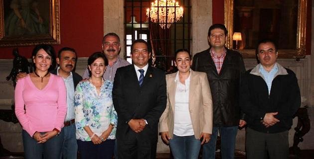 En su oportunidad, Oseguera Méndez se comprometió con los legisladores panistas a trabajar sin distingos partidistas