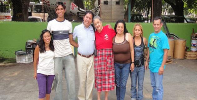 """En Zamora todavía hay asombro por el operativo policial contra Rosa Verduzco; mejor conocida como """"Mamá Rosa"""", la mujer está internada en un hospital de dicha ciudad"""