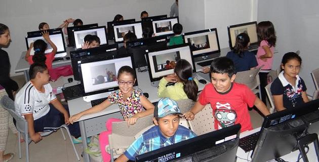 El director Polifórum Digital, Erik Avilés, comentó que se impulsa la apertura de nuevos espacios educativos a través de ésta y otras actividades como seminarios, exposiciones y eventos