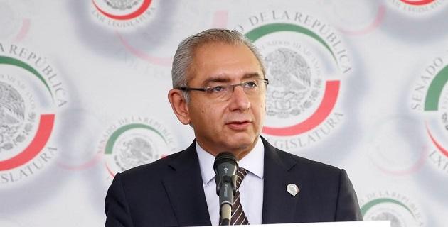 Han sido años de malos gobiernos y funcionarios que desfalcan las arcas del erario público sin que paguen las consecuencias de su daño: Salvador Vega