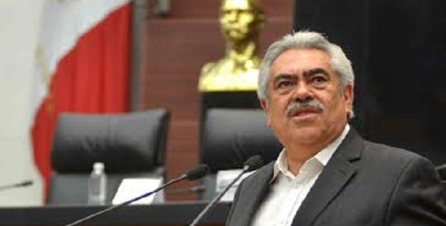 Chon Orihuela destacó que afrontan responsablemente la importante tarea de transformar el agotado paradigma de desarrollo nacional, basado en la defensa incuestionable de las deficiencias de un monopolio energético de Estado