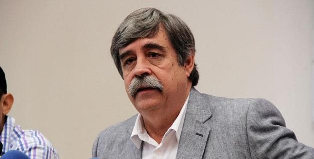El presidente de la Cámara Mexicana de la Industria de la Construcción Delegación Michoacán, Francisco Javier Gallo Palmer, indicó que el gobernador ha precisado que se debe hacer equipo con las empresas michoacanas