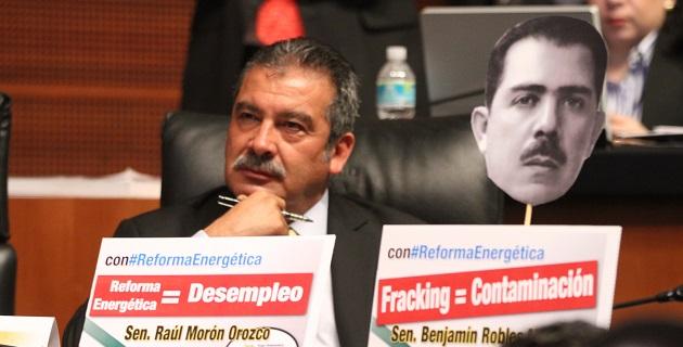 Es la dignidad de los mexicanos la que debe estar por encima de todo, no el afán de obtener recursos a costa de lo que sea, destaca Morón Orozco
