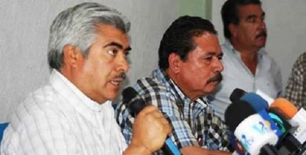 Transportistas de Michoacán denuncian irregularidades en la detención de su líder y exigen que se llame a comparecer al ex gobernador Fausto Vallejo, para que aclare si fue presionado para el nombramiento de funcionarios