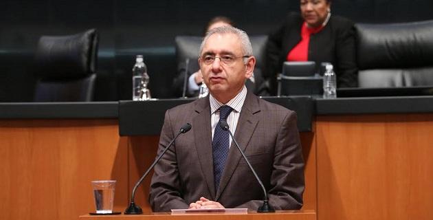 Vega Casillas apuntó que desde el Senado se eliminó la parte de expropiación del contenido del dictamen y se dotó de las herramientas necesarias para proteger y beneficiar a los propietarios de las tierras