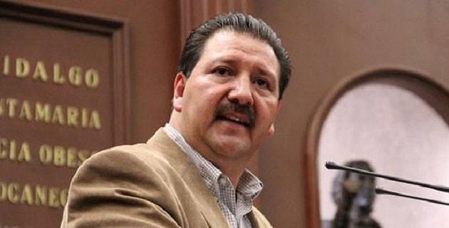 Desde que llegó el partido tricolor a la gubernatura, Michoacán cayó en una crisis profunda, expresó Sandoval Flores