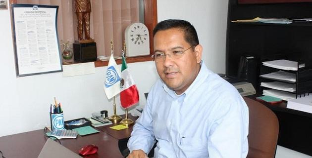 Mendoza Mendoza recordó que los adeudos con los ayuntamientos panistas ascienden a aproximadamente 120 mdp y corresponden a compromisos desde 2011 a 2013
