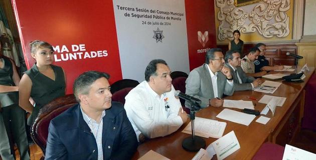 Lázaro Medina explicó que la denuncia es indispensable para que la autoridad esté obligada a actuar en contra de quienes delinquen y por lo mismo llamó a la ciudadanía a que confíe en su gobierno y presente sus quejas y demandas