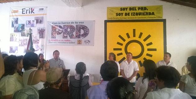 Tras realizar una gira de trabajo por los municipios de Angamacutiro y Álvaro Obregón este fin de semana, Torres Piña recordó que el próximo 31 de julio termina la recaudación de firmas en Michoacán