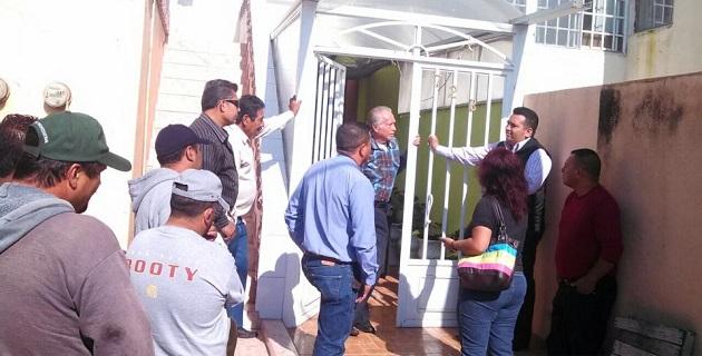 Juárez Blanquet se comprometió ante los habitantes de su región a solicitar una entrevista con las autoridades de la Junta de Caminos, para pedirles su intervención en la rehabilitación del tramo carretero Puruándiro-Penjamillo