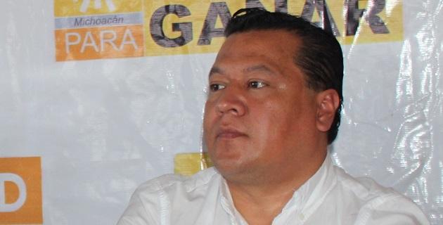 Martín García Avilés llamó a la sociedad civil mexicana a permanecer abierta a escuchar las diferentes opiniones sobre el tema y a emitir sus juicios, a participar activamente, de manera pacífica pero proactiva