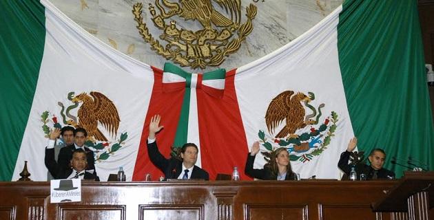 Para 2010 se estimó que existían en el Estado de Michoacán 212 mil 874 personas con algún tipo de discapacidad, que representan el 5% de la población nacional de este grupo de personas