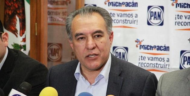 En Michoacán, Adame Castillo anunció que en representación de la dirigencia nacional del PAN sostendrá reuniones con alcaldes y el grupo parlamentario panista para fortalecer agenda municipalista y ciudadana