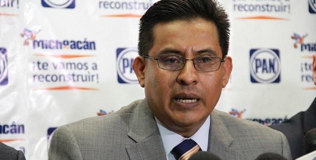 """""""El Gobierno del Estado no puede asumir la 'política del avestruz' para esconderse y no informar sobre la lacerante inseguridad y el incremento de los delitos que más lastiman a los ciudadanos"""": Chávez Zavala"""