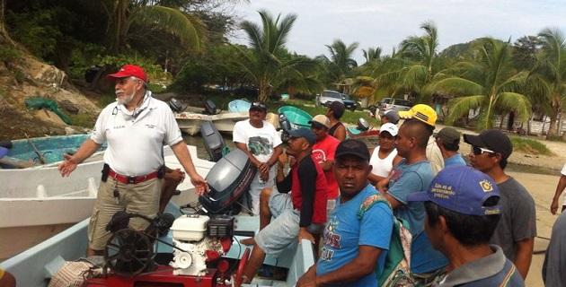 Dos grupos de 25 pescadores cada uno, han iniciado con las actividades teóricas que imparte el profesor Carlos Barrera Espinosa y su equipo de instructores de la Corporación de Instructores Mexiquenses en Actividades Subacuáticas