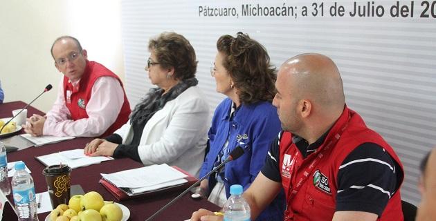 Maldonado López recordó la instrucción del gobernador Salvador Jara Guerrero, de atender de manera prioritaria a los grupos sociales mayormente expuestos, como es el caso de los adultos mayores