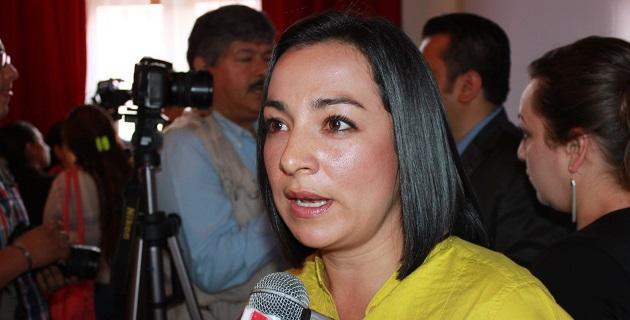 Ceballos Hernández reprochó que no se esté trabajando en mejorar las condiciones de la educación y actualmente el cumplimiento del ciclo escolar dependa de las protestas por parte de los docentes