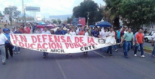 No se descarta la posibilidad de que la movilización se traslade hacia el Centro Histórico de Morelia (FOTO: FERNANDO ARREDONDO).