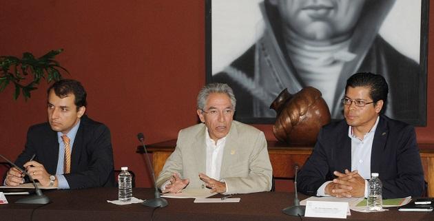 Jara Guerrero enfatizó que el gobierno que encabeza, a través de la Secretaría de Desarrollo Económico y de otras dependencias relacionadas con el tema, se esforzará al máximo en la medida de sus atribuciones