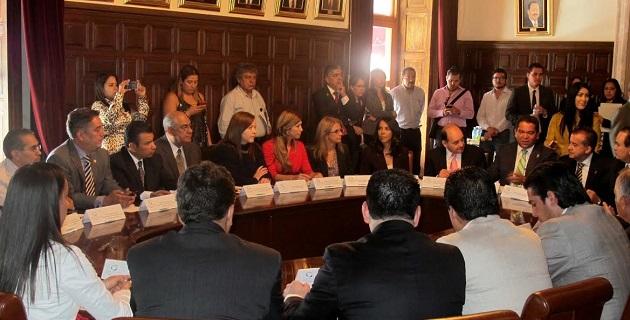El nuevo sistema se implementará en Michoacán en tiempo y forma, señaló Oseguera Méndez; se percibe la voluntad del Legislativo y Ejecutivo, de participar activamente en sus tareas, reconoció