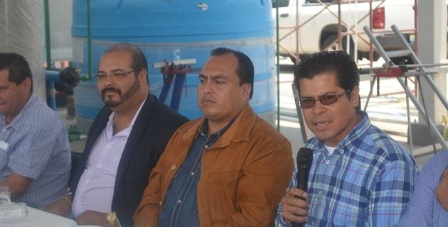 En la reunión, el diputado local reconoció la capacidad de trabajo y la entrega del gerente estatal de Liconsa, Gerónimo Color