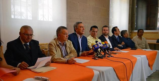 Además, a la luz de los modestos e insuficientes resultados presentados en las estadísticas y en la realidad estatal, se llamó al presidente Peña Nieto a replantear la estrategia de seguridad en Michoacán