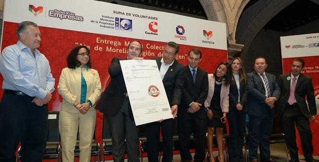 El alcalde Wilfrido Lázaro instruyó a la Secretaría de Fomento Económico para lograr esta certificación que respaldará y dará certeza legal a todos los propietarios de la marca industrial Ate