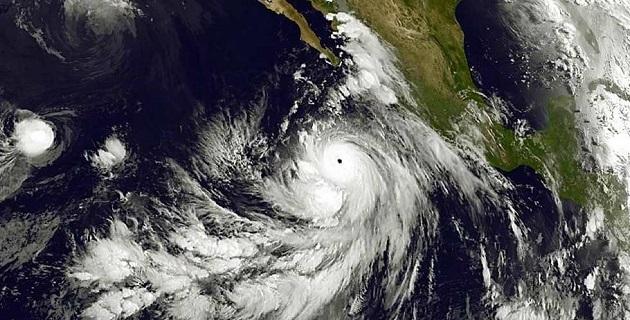 La Conagua exhortó a la población y a la navegación marítima, extremar precauciones y atender las recomendaciones emitidas por el Sistema Nacional de Protección Civil