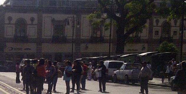Denuncian la falta de pagos a maestros del Colegio de Bachilleres de Maravatío por parte del Gobierno de Michoacán y denuncian hostigamiento por parte del líder del SITCOBAEM, Gaspar Romero Campos (FOTO: EXENI)