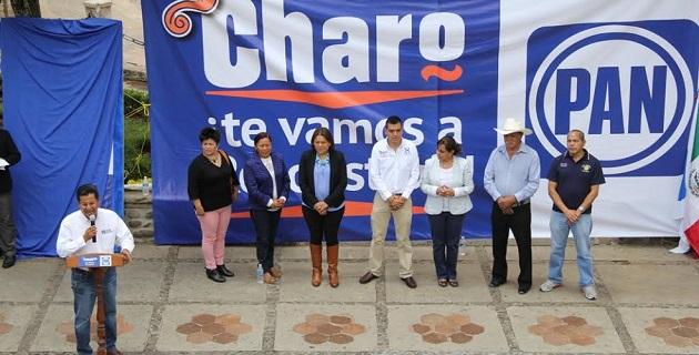 Chávez Zavala confío en que con la unidad de la fuerza blanquiazul, en este 2015 se presentará el proyecto viable y sólido que Michoacán reclama, suficiente para enfrentar los desafíos que les permitan lograr la victoria