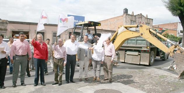 El subsecretario de Ordenamiento Territorial, Gustavo Cárdenas Monroy, realizó una gira de trabajo por tres colonias de Morelia