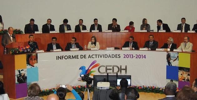 La CEDH presentó ante representantes de los tres poderes del Estado, su Informe Anual de Actividades