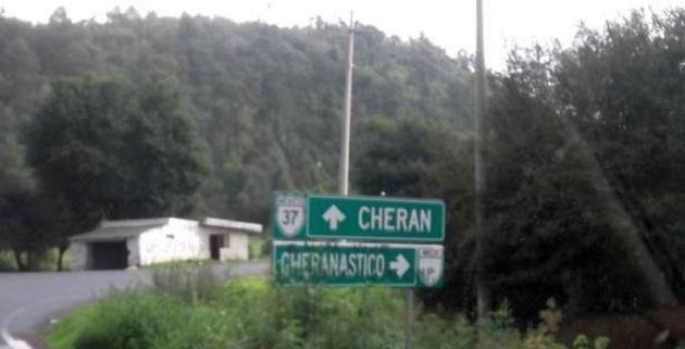 El secretario de Gobierno, Jaime Darío Oseguera, gestionó ante la Junta de Caminos la rehabilitación de 8 kilómetros de la carretera que comunica a Cheranástico con Aranza