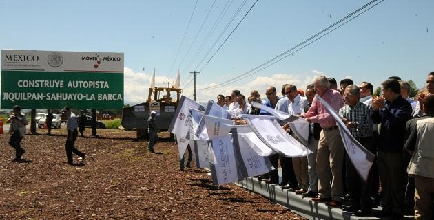 Con esta vialidad, se cumpliría uno de los compromisos del presidente Enrique Peña Nieto con el estado y como parte del Plan Michoacán