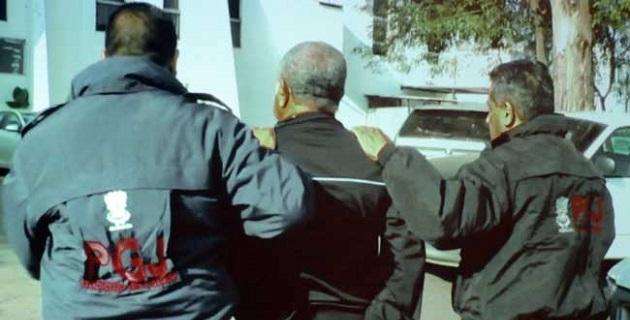 En rueda de prensa, el comisionado nacional para la Seguridad y el Desarrollo Integral en Michoacán, Alfredo Castillo Cervantes, confirmó la detención del ex funcionario estatal