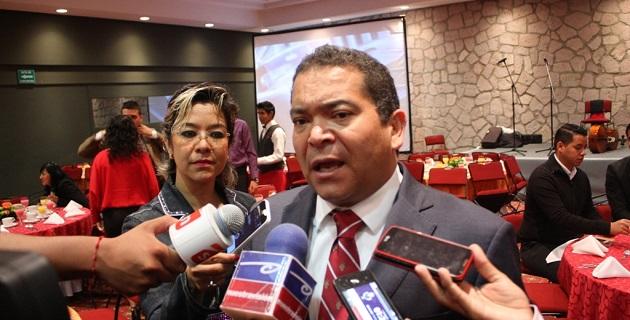 Sin embargo, Oseguera Méndez declinó precisar el número de ex funcionarios que tienen cuentas con la ley por desviar millones de pesos de las arcas públicas de Michoacán para su beneficio