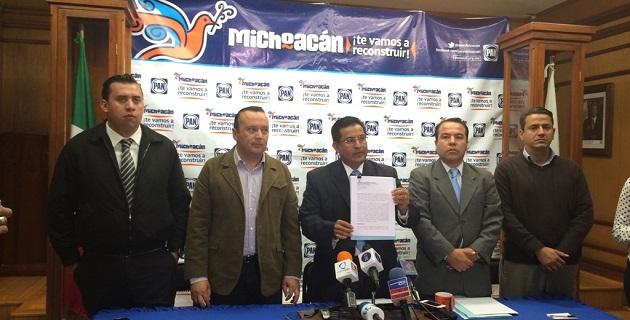 La denuncia que presentará Acción Nacional incluye la exigencia a la SSP y a la PGJE de presentar informes relacionados con los delitos cometidos por normalistas en Michoacán