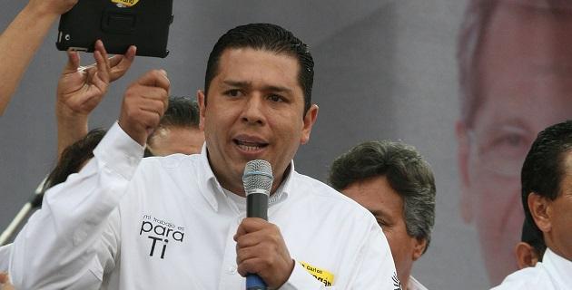 """""""Hoy ningún partido puede candidatear a personas con señalamientos de corrupción, hoy la gente necesita perfiles no opacos con trayectoria y compromiso con la ciudadanía"""", expuso Barragán Vélez"""