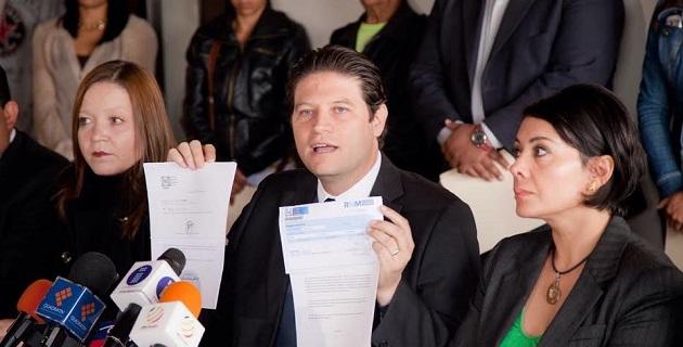 """De acuerdo con Martínez Alcázar, el padrón del PAN en el estado se duplicó de 8 mil 500 a más de 16 mil en 6 meses, en un proceso que denunció """"no fue limpio, equitativo, ni apegado a la normatividad vigente en los estatutos del partido"""""""