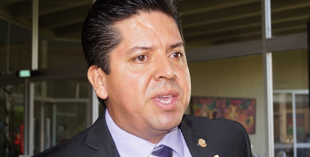 Antonio García Conejo criticó la falta de interés y de atención del gobierno federal a este proyecto, que es el único de alto impacto que en materia hidráulica se ha programado para Michoacán