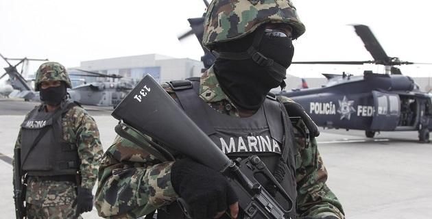 Junto con El Parota, también murió un segundo sicario identificado como Hugo Emilio Corona, ambos sujetos tenían en su poder armas de grueso calibre como una lanza granadas