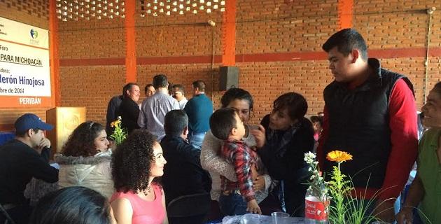 Además de celebrar dichos Foros la senadora panista aprovechó para reunirse con militantes de Acción Nacional de los municipios de esta región