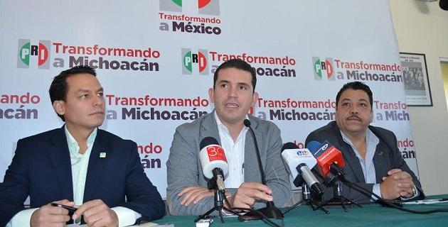 El dirigente del PRI en Michoacán, Marco Polo Aguirre, manifestó que está latente la posibilidad de que estas tres fuerzas políticas vayan en candidatura común para la elección a gobernador