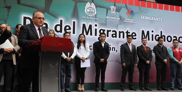 López Villaseñor dijo que la migración es un fenómeno íntimamente ligado a la globalidad porque implica la relación entre las dinámicas de la generación de la riqueza y de la exclusión