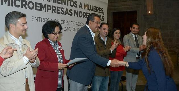 Lázaro Medina, señaló que 2014 fue un gran año donde, pese a las dificultades económicas, Federación, estado, iniciativa privada y el Ayuntamiento, lograron conjuntar una bolsa de financiamiento muy atractiva