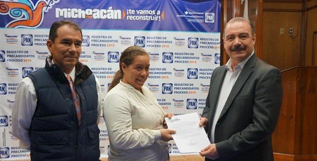 Cientos de panistas uruapenses avalaron y dieron su respaldo al proyecto de Benítez Suárez