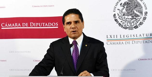 Aureoles Conejo informará primero de su decisión en una reunión con la bancada del Partido de la Revolución Democrática (PRD), y después presentará su licencia ante el pleno